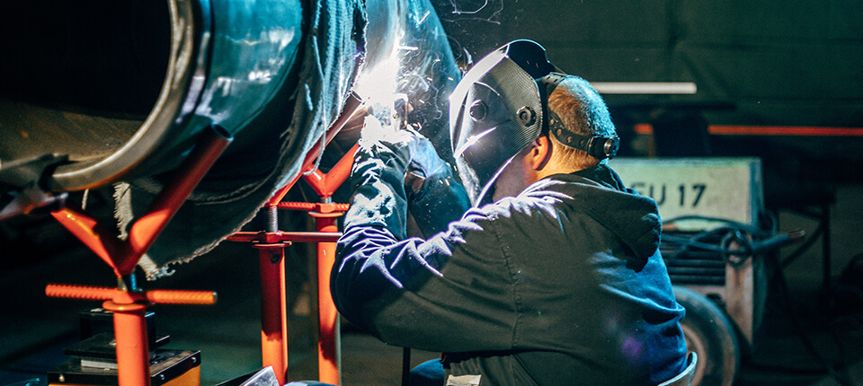 welding company legal case study resolution for JCLM Solicitors